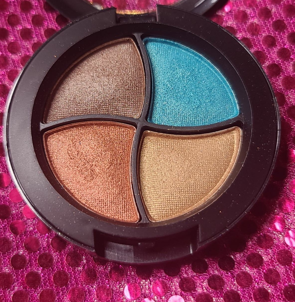 Bora Bora Eye Shadow Qu…